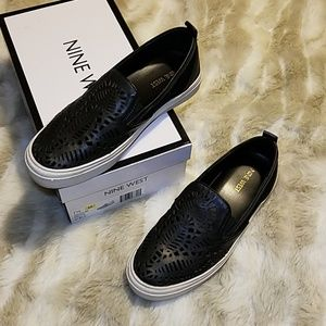 EUC Nine West leather sneakers